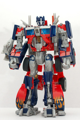 Juguete de Optimus Prime de pie
