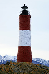 Les Eclaireurs Lighthouse (arnaudin) Tags: winter canon tierradelfuego ushuaia antarctica august 30d beaglechannel 1635 findelmundo boatexcursion leseclaireurs lighthouseargentina