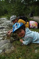 Splashing (Jonathan Bateman) Tags: scotland mountainbike saul aviemore islabike sswc07 sswc2007 nctmemberscompetition