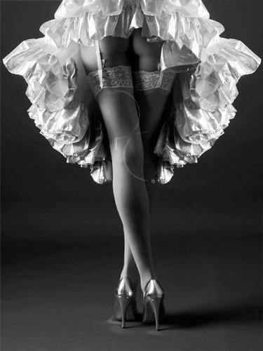 1409796133 c55629b675 Sexy Ballerina