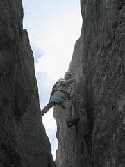 Les barreaux scellés de la cheminée de la VN de la Punta Tafunata di Paliri