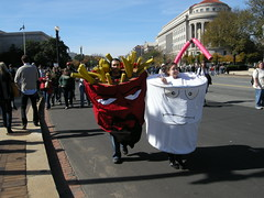 Rally to Restore Sanity and/or Fear (alex.DC) Tags: politics rally stewart teaparty colbert washingtondcmall teabaggers october302010 mcdonaldsfriesandshake