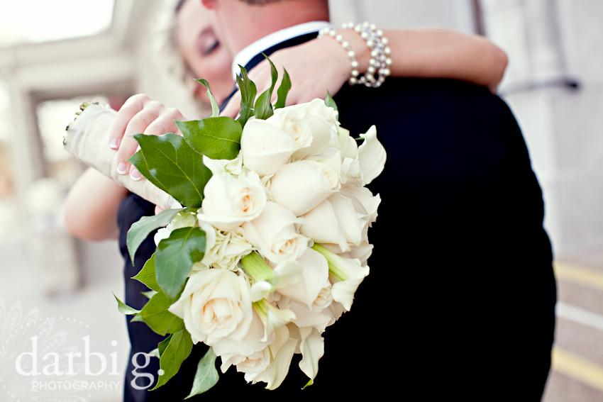 blog-Kansas City wedding photographer-DarbiGPhotography-ShannonBrad-103