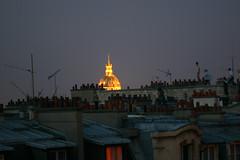 14 juillet 21h34 (Tron .) Tags: paris invalides toits