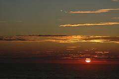 Le Gurp sunset (sajak, nicht mehr nur noch@ipernity) Tags: sunset sky sun beautiful clouds high nikon frankreich holidays image 33 urlaub sonne rare witnessed gironde specnature legurp abigfave feriensunset