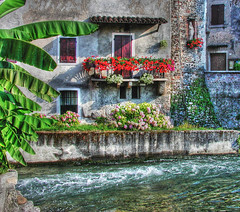 Borghetto5 (NatashaP) Tags: italy statue river bravo searchthebest balcony soe italians oldarchitecture veneto borghetto themoulinrouge valeggiosulmincio blueribbonwinner firstquality supershot outstandingshots flickrsbest challengeyouwinner abigfave artlibre platinumphoto anawesomeshot superaplus aplusphoto superbmasterpiece travelerphotos goldenphotographer diamondclassphotographer photofaceoffwinner theperfectphotographer pfosilver friendlychallenges