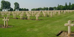 WW1 French Cemetery (herr flick A700) Tags: history cemetery graves ww1