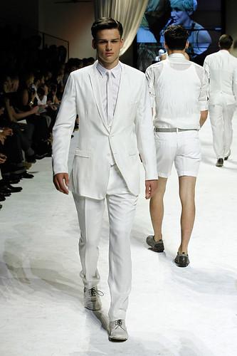 SS11_Milan_Dolce&Gabbana0001_Simon Nessman(Official)