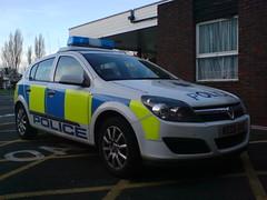 Herts Astra (NW54 LONDON) Tags: police 999 policecars vauxhallastra emergencyvehicle hertfordshirepolice