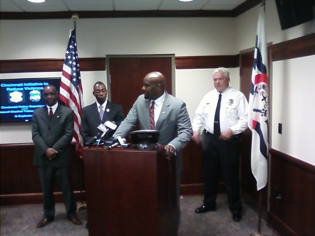 Cecil Thomas, Mayor Mark Mallory, an unidentified member of CIRV and Captain James Whalen announce the arrests of a gang of violent crack dealers.