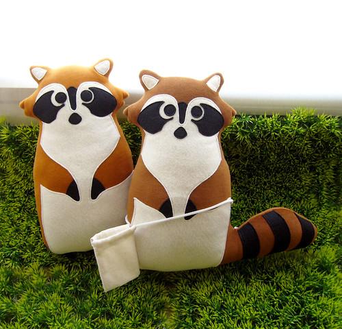 special order - adorable bandit couple!