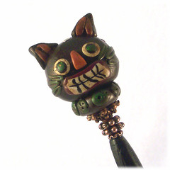 Skeerdy Cat Hairstick with Polymer Clay Bead by chickiegirlcreations