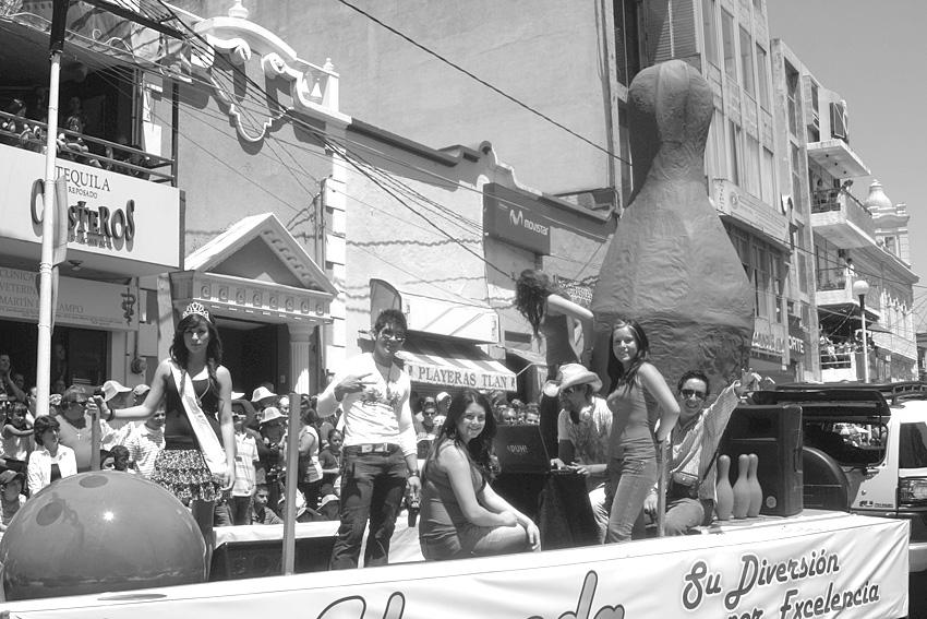 desfile.4JPG