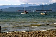 Winds lashing Kits beach