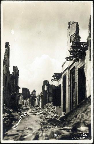 Yangından sonra İzmir