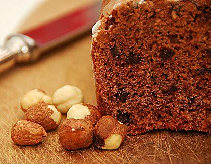 cake nocciole cioccolato e sciroppo di malvasia