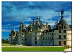 Chateau of Chambord (EddyB) Tags: sky france castle nikon europa europe d70s cielo chambord chateau francia castillo breathtaking eddyb instantfave 25faves mywinner abigfave top20castle anawesomeshot colorphotoaward ltytr2 ltytr1 superbmasterpiece travelerphotos goldenphotographer superhearts allnicethink lasvistas misdiez elitecastle nikonflickraward top20travelpix nikonflickraward50mostinteresting