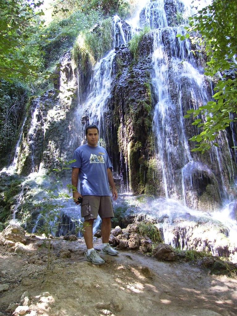 Nacho en la Cascada Trinidad del Parque Natural del Monasterio de Piedra