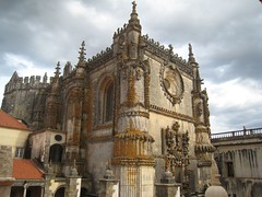 Convento de Cristo, Manueline architecture dates to the gothic era.