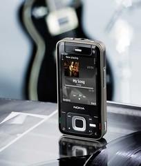 07_Nokia_N81_8GB