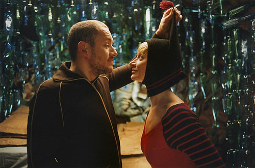 Dany Boon and Julie Ferrier engage in a little 'Micmacs'.