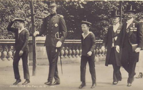 König Albert I. von Belgien mit seinen SÖhnen Leopold und Charles