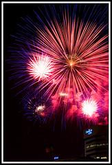 Fireworks 1 (fensterbme) Tags: longexposure nightphotography 20d interestingness personal fireworks columbusohio l atnight 2470mm redwhiteandboom fireworksdisplay fensterbme canon2470mm interestingness85 interestingness129 i500 canonllens canon2470mmf28l fenstermacherphotography explore03jul07 redwhiteandboom2007