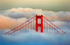 Sunset on the Golden Gate Bridge (Rob Kroenert) Tags: sanfrancisco california bridge sunset usa fog golden bay bravo gate san francisco goldengatebridge area sfchronicle96hrs abigfave bratanesque