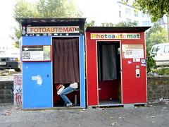 Berlin 371 Fotoautomat/Photoautomat.JPG (Anders & Anne) Tags: berlin tyskland kastanienallee fotoautomat
