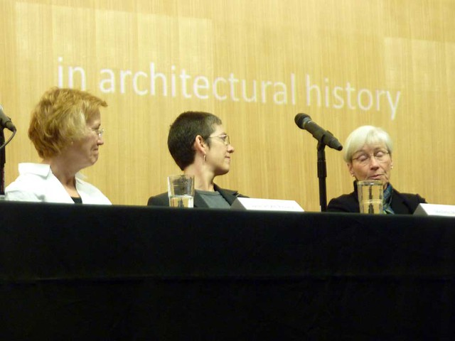 P1040782-2010-10-23-GaTech-Dowling-Symposim-panel-Smyth-Pinney--Moody-Habel