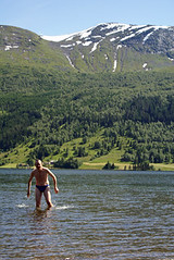 andrew swimming in norwegian mountain lake
