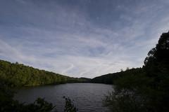 西岡水源地から遠く恵庭岳を望む