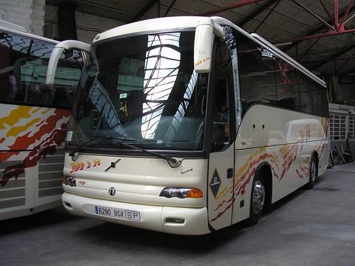 Autocar Volvo de TRANSPORTS MIR de Ripoll