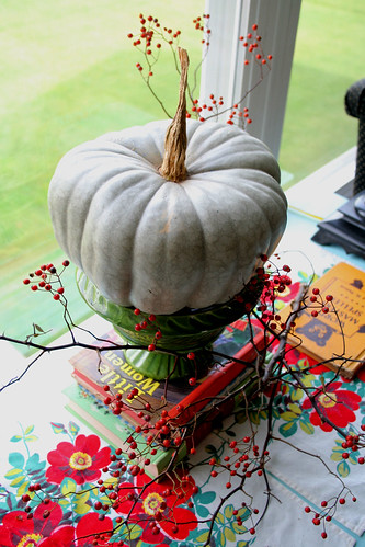 love this grey pumpkin