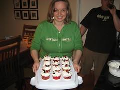 Christine's scrumdiddlyumptious cupcakes. (5/27/07)