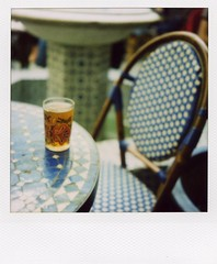 relaxing summer afternoon (mika-rin) Tags: trip blue paris relax sx70 lotta vacance ndfilter 600film t2007