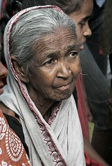 old Bangladeshi lady (janchan) Tags: poverty old portrait woman lady asia searchthebest retrato ritratto bangladesh reportage povert pobreza chittagong diamondclassphotographer whitetaraproductions nishkriti