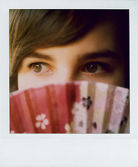 for Nana (*Juliabe) Tags: haircut selfportrait film me wonderful polaroid sx70 fan eyes julia sweet retrato yo thank sp 600 need instant japanesefan youfor giftfromthewonderfulnanako presentsyoure