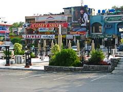 Pakistan: Islamabad Markets (radovanstejskal) Tags: pakistan asia market markets cities roadtrip karakoram islamabad radovanstejskal