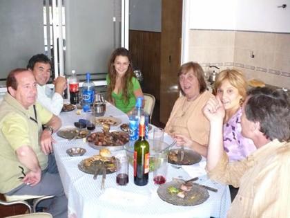 Integrantes de la Comision Fiesta Nac. del Mani con Familia Orionte