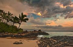 Makena Morning (mojo2u) Tags: ocean beach sunrise hawaii pacific cove secretbeach maui makena mauihawaii makenacove nikond700 nikon2470