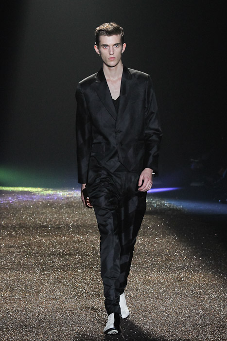 Gabriel Gronvik3122_SS11_Tokyo_@IZREEL(Fashionsnap)
