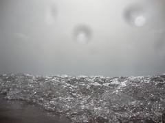 . (francesca amato arragon) Tags: ocean art water swimming video drops still waves underwater wave drop acqua faarm nellonda francescaamatoarragon aprigliochhi