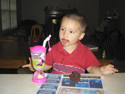 Mason + Chocolate cupcake = Johnny Ringo