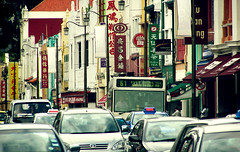 The Busy Chinatown (^riza^) Tags: chinatown insingapore indonesiaphotobloggers