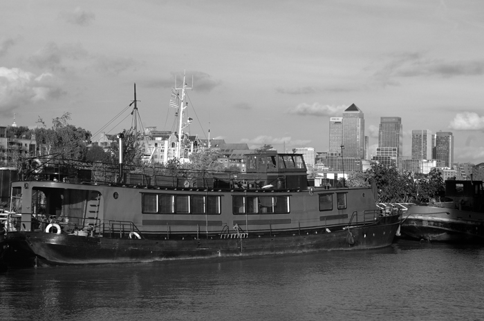 River Thames :: Click for previous photo