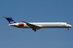 LN-RMS - 53368 - Scandinavian Airlines - SAS - McDonnell Douglas MD-82 (DC-9-82) - 100617 - Heathrow - Steven Gray - IMG_4450