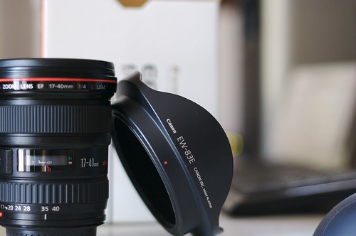 Canon 17-40mm ƒ/4 Unboxing