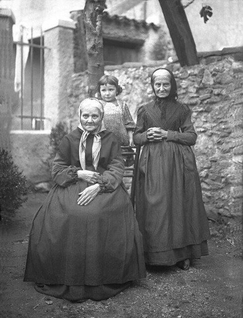 Altare - 2 grand tantes de Marie 1909