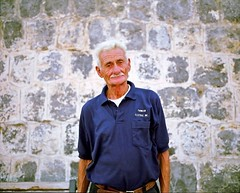 Il Presidente, pcheur de Cefal, Sicile-1 (sagapods) Tags: portrait people italy 120 mamiya film analog mediumformat photography fisherman italia photographie faces sicily 6x7 pcheur italie fujicolor sicile mamiya7 mamiya7ii moyenformat mamiyalove stephanesommer sagapods